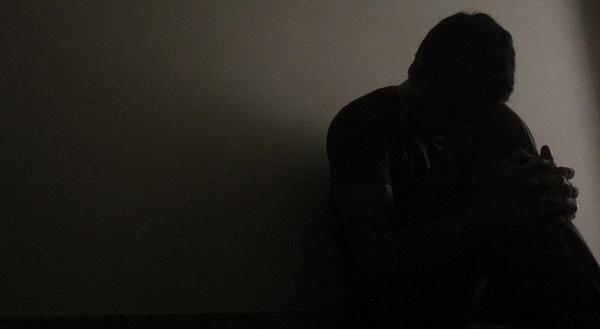 Депресія: найпоширеніші симптоми та фактори, що на неї впливають